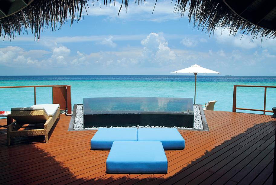 halaveli-maldives-water-villa-2