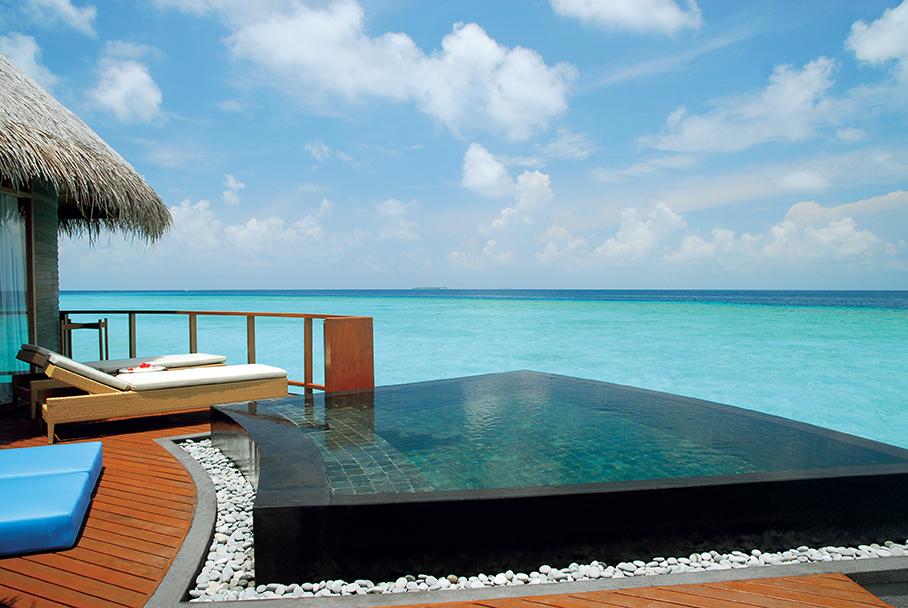 halaveli-maldives-water-villa-3